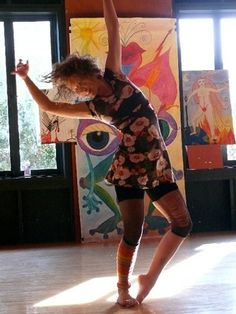Movement and Life/Art Metaphors with Daria Halprin......Artist, author, and expressive arts pioneer Daria Halprin returns to the studios where she studied and performed as a young woman, and that once housed Anna Halprin's San Francisco Dancers' Workshop in the 1960s.