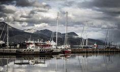 Puerto de Ushuaia by Mariano Bombera on 500px