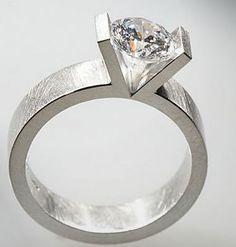 anillos de diseño con diamantes | taller de joyería artesanal