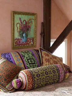 Ravelry: Pompom Bolster pattern by Kristin Nicholas (knit) Crochet Cushions, Knit Crochet, Bolster Cushions, Interior Flat, American Gypsy, Gypsy Living, Knitting Machine Patterns, Knit Art, Fair Isle Pattern