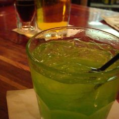 My Fav... madori sour: Fill a highball glass with ice. Add the midori, sour mix and shake, add sprite, give a quick stir, and add cherries or oranges. Oranges are my fav.