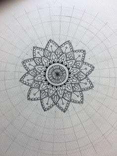 Doodle Patterns, Zentangle Patterns, Mandala Making, Mandela Art, Sacred Geometry Art, Surfboard Art, Mandala Tattoo Design, Mandala Painting, Sketch Painting