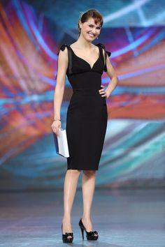 Paola Cortellesi sceglie Alberta Ferretti per l'ultima puntata di Zelig