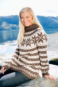 Hand Knitted Sweaters, Fall Sweaters, Fall Winter, Winter Style, Autumn, Sweater Weather, Hand Knitting, Winter Fashion, Turtle Neck