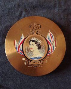 Vintage 1953 Queen Elizabeth II Coronation Mirrored Powder Compact