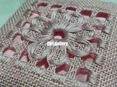 Would love to learn this stitch and pattern! Hand Embroidery Flower Designs, Hand Embroidery Videos, Butterfly Embroidery, Hand Embroidery Stitches, Embroidery Needles, Ribbon Embroidery, Cross Stitch Embroidery, Embroidery Patterns, Drawn Thread