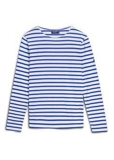 The feminine silhouette of the classic Meridien Moderne Breton shirt, the Meridame, a heavy weight cotton Breton tee shirt from Saint James, can be paired with jeans and flats for a casual look or dressed up with a blazer for some French chic! Saint James, Casual Chic, Breton Stripe Shirt, Nautical Shirt, Sailor Shirt, Nautical Fashion, Cool Costumes, Who What Wear, Outfits