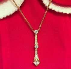 Classical and timeless and full of #sparkle! This #beautiful 18ct yellow gold #diamond #necklace is undeniably Selini in style.  #jewellery #luxury #fashion #selinijewellery #handmade #bespoke