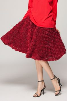 Dimensional  flower skirt - FrontRowShop