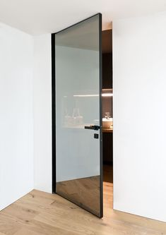 Modern Home Decor Quadra.Modern Home Decor Quadra Home Interior Design, Interior Architecture, Interior And Exterior, Interior Decorating, Interior Glass Doors, Modern Interior Doors, Technical Architecture, Decorating Games, Bathroom Cupboards