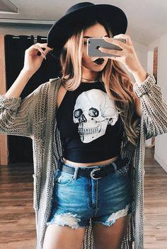 Best Punk outfits ideas - vintagetopia Source by leonieuken Summer outfits Grunge Outfits, Grunge Fashion, Boho Outfits, Vintage Outfits, Punk Rock Outfits, Rock Fall Outfits, Fashion Black, Punk Fashion, Rocker Fashion