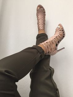Nude love Too high heel for me but I like them.