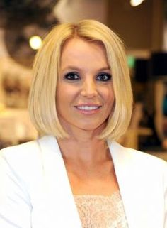 Britney Spears é eleita a mulher mais influente do Twitter #Britney, #BritneySpears, #Cantora, #Fotos, #KatyPerry, #Mulheres, #Mundo http://popzone.tv/britney-spears-e-eleita-a-mulher-mais-influente-do-twitter/
