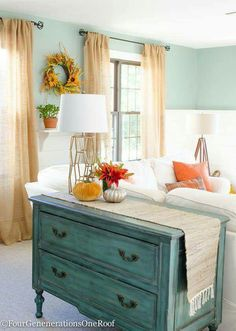 Fall Decorating Ideas Finding Fall Home Tour 2015 teal for Fall. Love the faux pumpkins, runner, lamp and bureau from HomeGoods {sponsored pin - Interior Style Today Decoration Bedroom, Decoration Design, Home Decor Colors, Diy Home Decor, Room Colors, Colorful Decor, Wall Colors, Sweet Home, Diy Casa