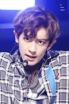 Chanyeol - 160825 Mnet M! Countdown Credit: KeyBoard1127. (엠넷 엠! 카운트다운)