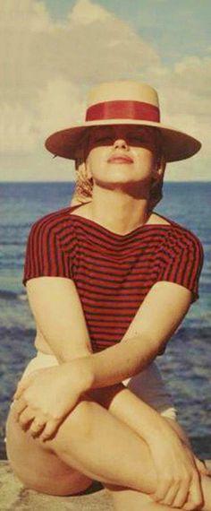 1958: Marilyn Monroe …. #marilynmonroe #pinup #monroe #normajeane #iconic #sexsymbol #hollywoodlegend #hollywoodactress #1950s