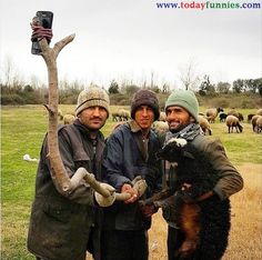 Desi Style Of Taking Selfie Without Real Selfie Stick