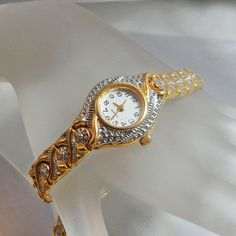 Vintage Ladies Watch. Women's. Silver and Gold Tone by waalaa, $32.99