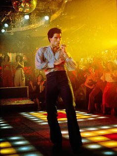 """The Vast Days of Disco: """"Saturday Night Fever"""" and the . The Vast Days of Disco: """"Saturday Night Fever"""" and the . Disco Party, 70s Party, Disco 80, Disco Night, Old Movies, Great Movies, Vintage Movies, Ed Vedder, Movies Quotes"""
