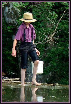 Rapaz Amish.