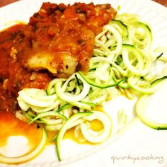 Quirky Cooking: Chicken Pasta with Zoodles {oh, and a bonus Chicken Zoodle Soup Recipe!} - will have to try this with my new spiraliser :) Zoodle Recipes, Paleo Recipes, Soup Recipes, Cooking Recipes, Spiralizer Recipes, Paleo Food, Savoury Recipes, Cooking Food, Food Food