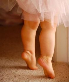 via happy day out ~ lovely chubby baby legs :)  <3 <3 <3
