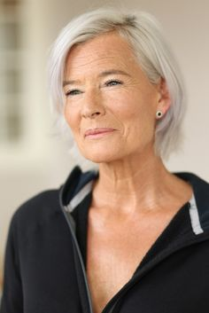beautiful older women natural look - Google Search