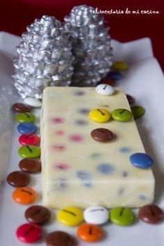Turrón de chocolate blanco y lacasitos | El recetario de mi cocina