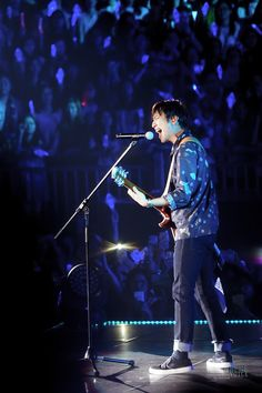 151221 [CNBLUE] Jung Yonghwa.  Where he shines the most.