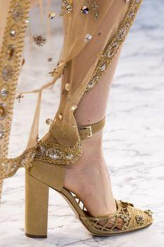 Zapatos, los Zapatos de Patricia - El Blog de Patricia : ¿Damos un paseo por los zapatos de la Alta Costura de París? Elie Saab