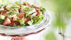 Suolaisenmakea makuyhistelmä on vastustamaton ja maistuu kesälle. Mansikat myös näyttävät salaatissa kauniilta! Sopii sellaisenaan tai grilliruokien kaverina. Ketogenic Recipes, Ketogenic Diet, Diet Recipes, Vegan Recipes, Keto Results, Ketogenic Lifestyle, Halloumi, Keto Dinner, Fig