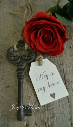 Be my Valentine ~ Key to my heart Antique Keys, Vintage Keys, Old Keys, Key To My Heart, Happy Valentines Day, True Love, Red Roses, Beautiful Flowers, Padlocks