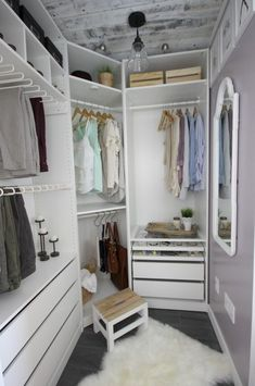 Home Decor Apartment A beautiful dream closet makeover! I LOVE the organization ideas. Such a great use of a small space.Home Decor Apartment A beautiful dream closet makeover! I LOVE the organization ideas. Such a great use of a small space. Master Bedroom Closet, Dream Bedroom, Home Bedroom, Bedroom Ideas, Bedroom Decor, Small Master Closet, Bathroom Closet, Girls Bedroom, Bedroom Small