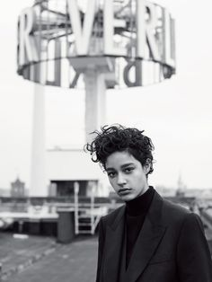 Suvi Koponen, Issa Lish, Damaris Goddrie, Heather Kemesky by Karim Sadli for Vogue UK October 2015 6 Pretty People, Beautiful People, Damaris Goddrie, Beatnik Style, Edgy Short Haircuts, Androgynous Hair, Curly Pixie Cuts, Whatever Forever, Texturizer On Natural Hair