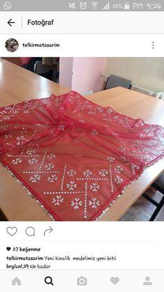 Weaving Patterns, Cross Stitch, Christmas Tree, Beads, Holiday Decor, Model, Herbs, Satchel Handbags, Purses