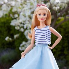 45.5 тыс. отметок «Нравится», 233 комментариев — Barbie® (@barbiestyle) в Instagram: «TGIF! I'm spending the day outdoors. What are your weekend plans? ☀️ #barbie #barbiestyle»