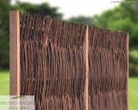 Weidenzaun Modell Standard mit seitlichem Holzrahmen, Die Weidenruten sind bündig oben und unten abgeschnitten.