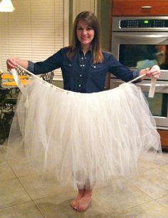 DIY Tulle Skirt - going to make it soon (in black)