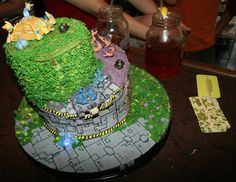 When Geeks Wed | Miguel really wants this Starcraft cake.