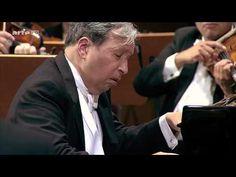 Ludwig van Beethoven: Piano Concerto No.5 in E flat major - Murray Perahia (HD 1080p) - YouTube