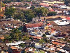 Coatepec, Veracruz, México.  Con aroma de café.