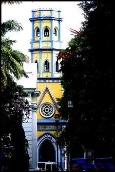 Torre de la antigua Universidad Central de Venezuela en Caracas