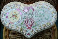 Mosaic Heart Stool, ~by Sondra, Traders of the Lost Art 1