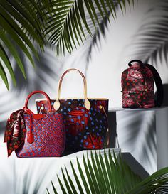 The Summer 2016 collection adds a fun splash of colors to the classic shapes of the Louis Vuitton handbags.