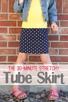 The Stretchy Tube Skirt.(with enclosed elastic waistband). Make one in a variety of sizes --- for girls and women both! Diy Clothing, Sewing Clothes, Skirt Pattern Free, Tube Skirt, Make Your Own Clothes, Skirt Tutorial, Little Girl Dresses, Girls Dresses, Sewing For Kids
