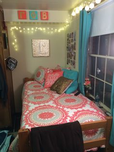 Ohio University Dorm Room Part 22