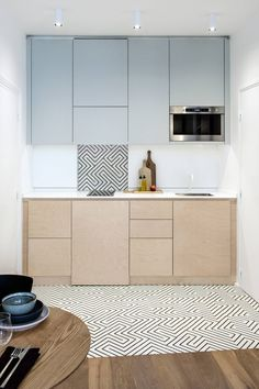 Do you desire a small kitchen layout concepts? The issue, exactly how can we make a good kitchen and comfortable in the residence. And also right here we give 46 ideas design concepts small kitchen for your residence. One Wall Kitchen, Little Kitchen, Kitchen And Bath, New Kitchen, Kitchen Decor, Kitchen Ideas, Studio Kitchen, Design Room, Küchen Design