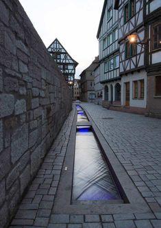 A-restored-ditch-near-the-church-with-illuminations «  Landscape Architecture Works | Landezine