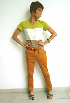 "Style guide: Colour Blocking ~ Tuesday at work.  ""Colour blocking trend started in the minimalistic half of the 90's decade.  Choose the colours from the same tonal groups and must also match your skin tone."" Valentine Vũ #fashion #colourblock #chinos"