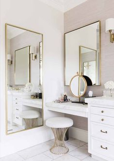 8 Dreamy Design Ideas for a Master Bathroom Interior Design Ideas Bathroom Design Dreamy Ideas Master Bathroom Interior, Bathroom Ideas, Bathroom Designs, Bathroom Renovations, Bathroom Bin, Bathroom Inspiration, Remodel Bathroom, Bathroom With Makeup Vanity, Bathroom Vanities